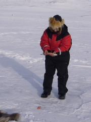 Ice fishing on fell lakes with Kilpissafarit